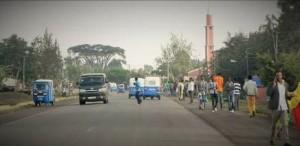 Die Einfallstraße von Assela